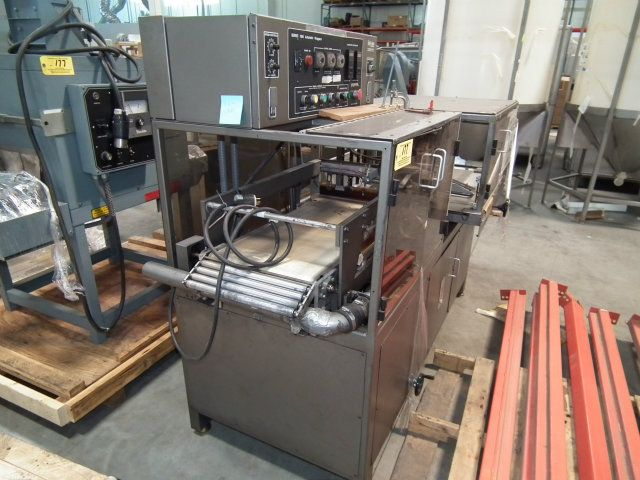 TPA 1000A Automatic L Bar Shrink Wrapper