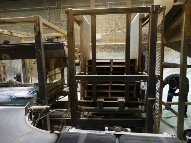 PASCO Low Level Infeed Bag Palletizer
