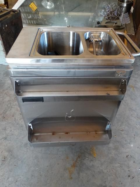 Used Char Broil Commercial Series Portable Sink