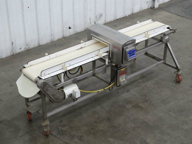 Safeline Metal Detector with Conveyor 3