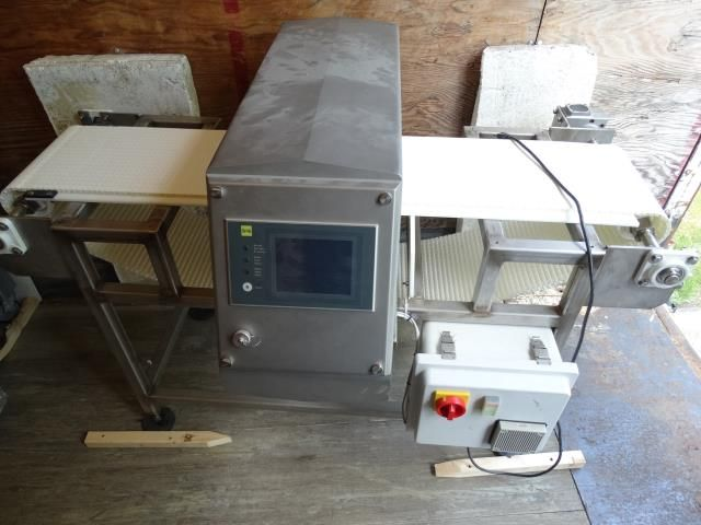 SS Inspection GHF 350 Metal Detector
