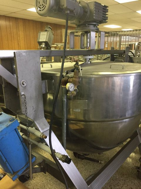 Lee Industries 200 Gallon Stainless Steel Kettle