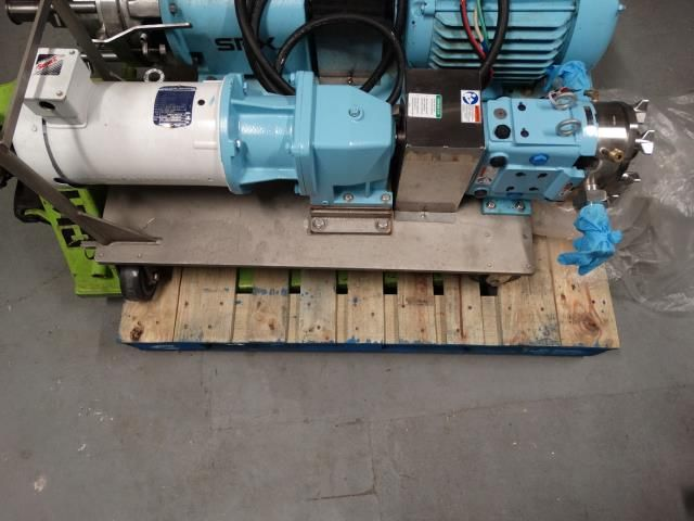 SPX 030 U1 Positive Displacement Pump