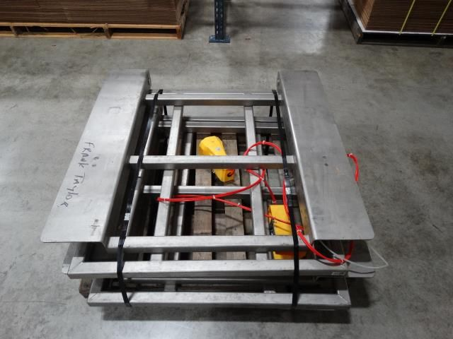 Steel Pneumatic Pallet Lifts