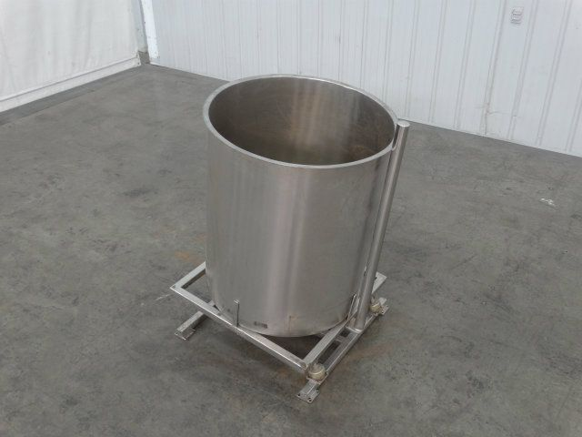 110 Gallon SS Tank with Vibratory Stand