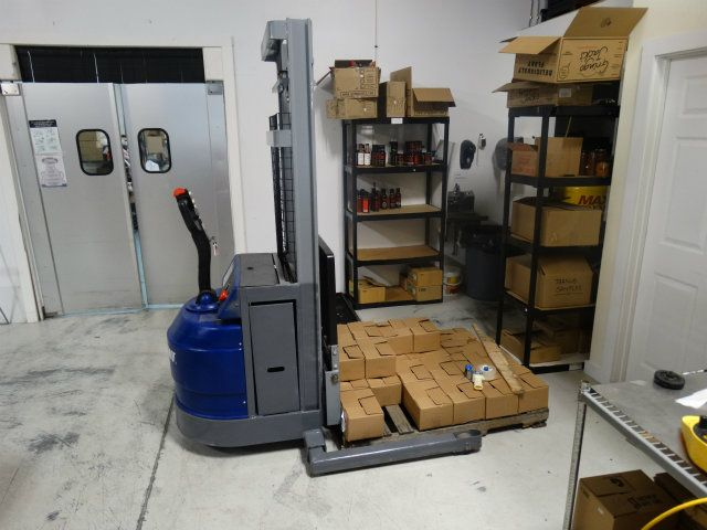 Blue Giant BGS30-130 Walkie Pallet Jack