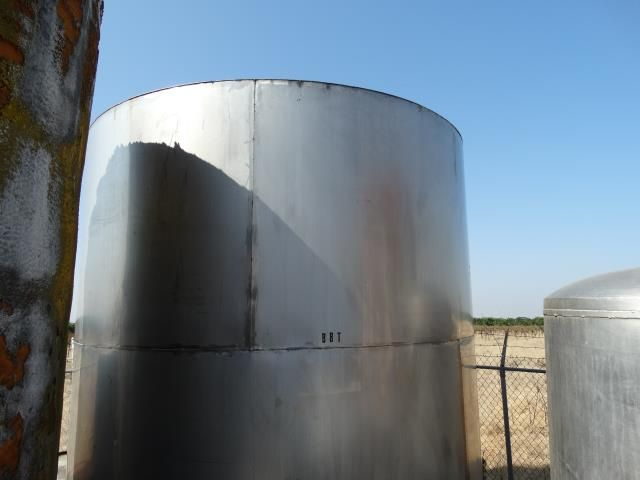 Used 6000 Gallon Stainless Steel Single Wall Tank