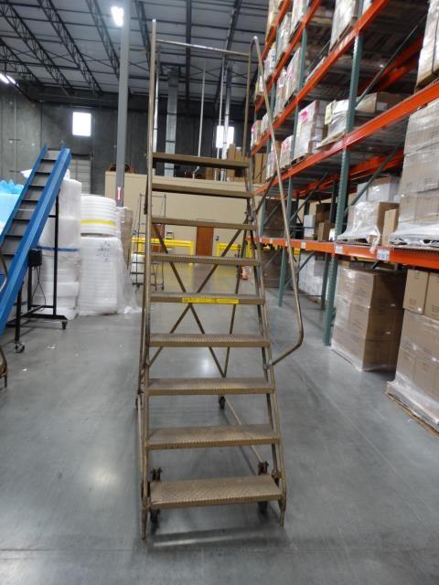 ECOA 120 inch Roll Around Operator Step Ladder