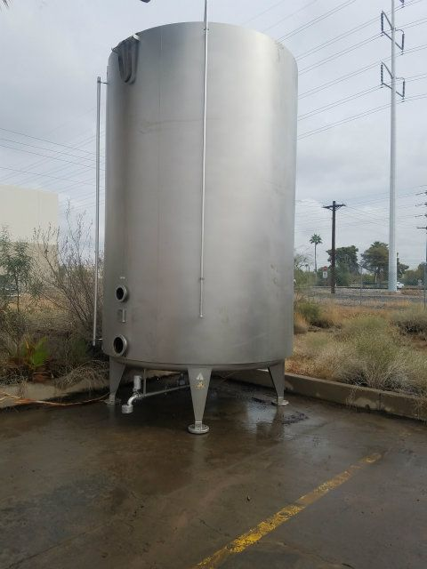 Krones 5300 Gallon Stainless Steel Jacketed Tank