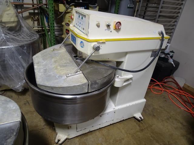 BES SM 160 D 20 Gallon Spiral Mixer