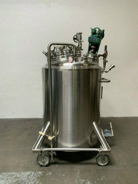 DCI 186 Gal Stainless Steel Jacketed Mix Tank