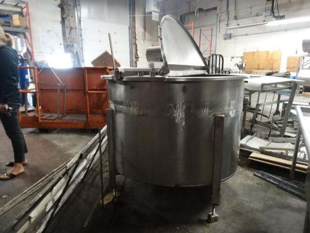 300 Gal Stainless Steel Single Wall Storage Tank