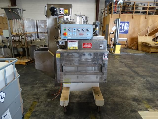 Kaps-All E4 Modular Automatic 4 Spindle Capper