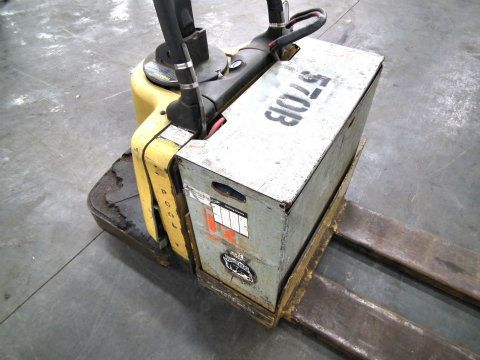 Used Caterpillar Electric Ride Along Pallet Jack Npv60