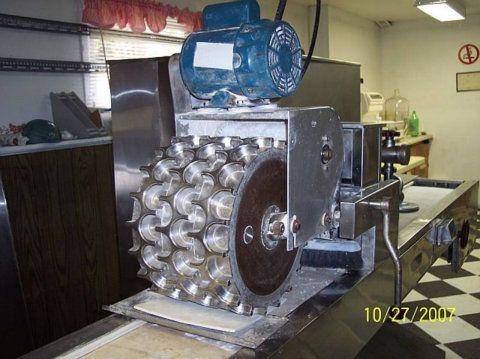 Pierogi Machine Model 3P6F9V