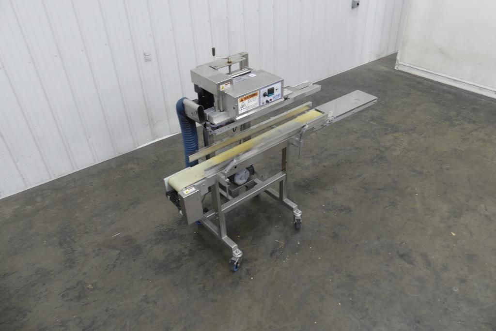 Inline Band Sealer with Belt Conveyor