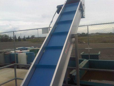 Enoveneta Incline Chute Belt Conveyor