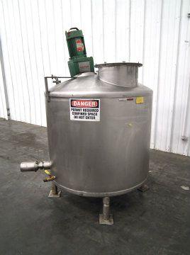 225 Gallon Stainless Steel Tank w Lightnin Mixer