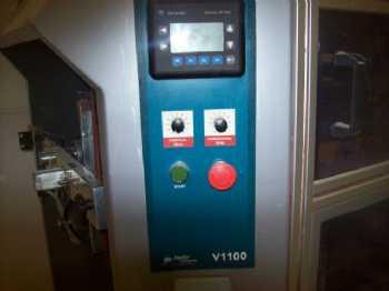 2 V1100