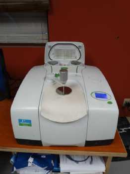 FT-1R Spectrometer photo