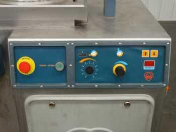 22 RS4001CCS