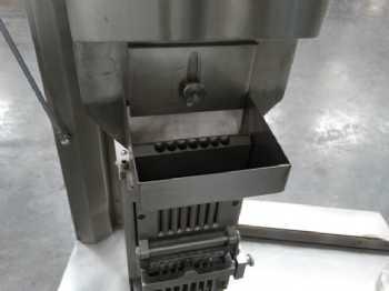 27 VAF-900C