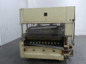2 EM 1300