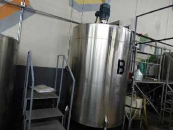 1060 Gallon CVS photo