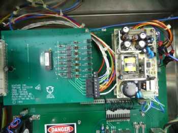 14 Case Tracker CTR-2000
