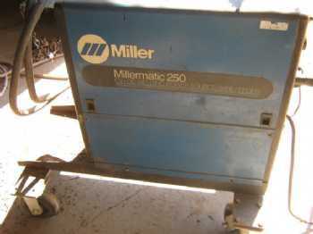 Millermatic 250 photo